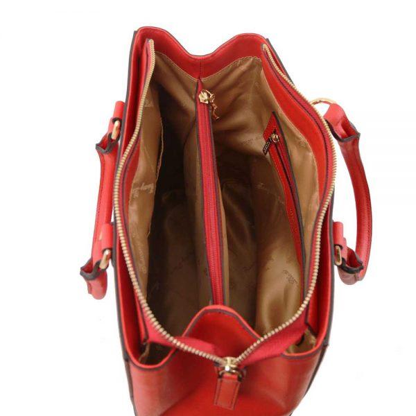 Binnenkant leren damestas 'TL bag' in rood bij ItaliaanseTassen.nl